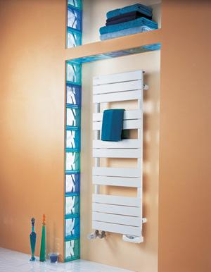 Radiateur mixte eau chaude et lectrique les metteurs for Radiateur seche serviette mixte